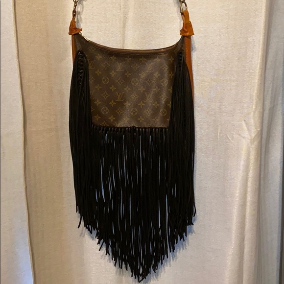 Louis Vuitton Handbags - Louis Vuitton vintage BoHo bag